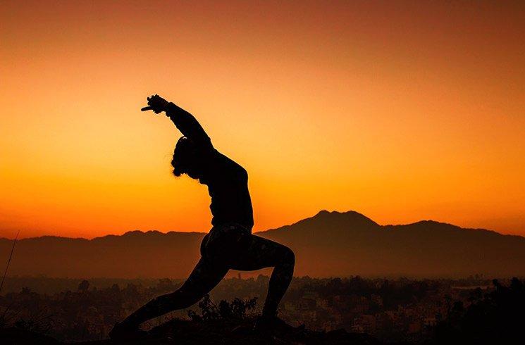 Trouver en nous les ressources qui nous permettent de mieux nous aligner avec les énergies vibratoires terrestres, un chemin vers la paix intérieure.