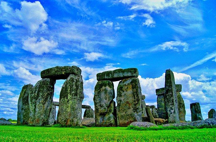 Certains lieux connus comme des trésors de l'humanité sont aussi des endroits où l'on peut ressentir la force des énergies vibratoires.