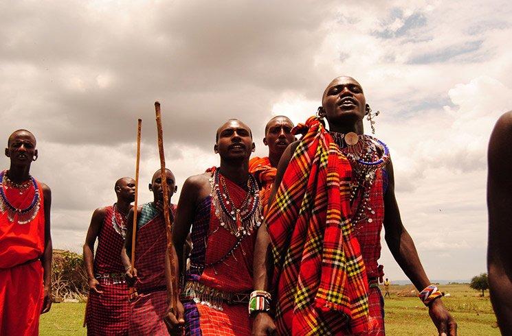 Un tribu africaine veillant sur son environnement