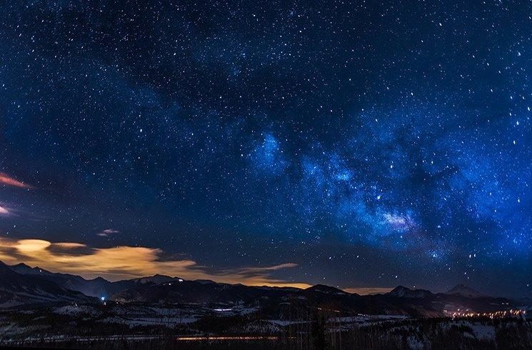 L'astrologie nous aide à trouver le lien qui nous unit à l'univers